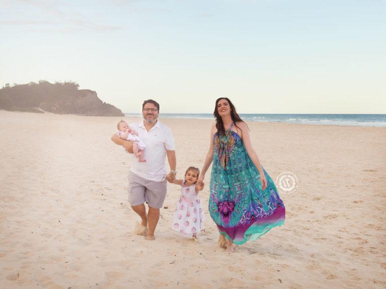 newborn family photographer gold coast