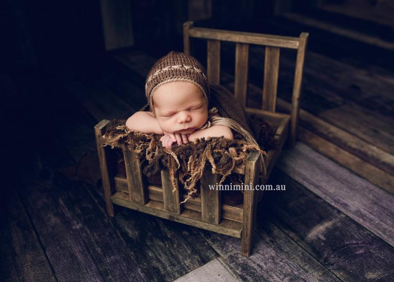 newborn baby family maternty birth photos photographer photography gold coast brisbane winni mini tanha the best