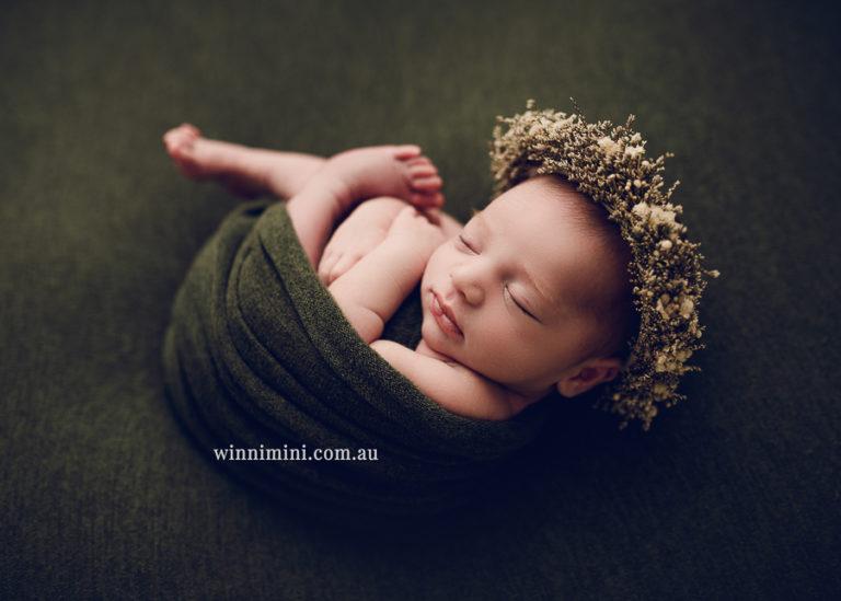 winni mini newborn baby babies older birth maternity family families photography photographer photo photos tanha basile winni mini Gold Coast ayla-1