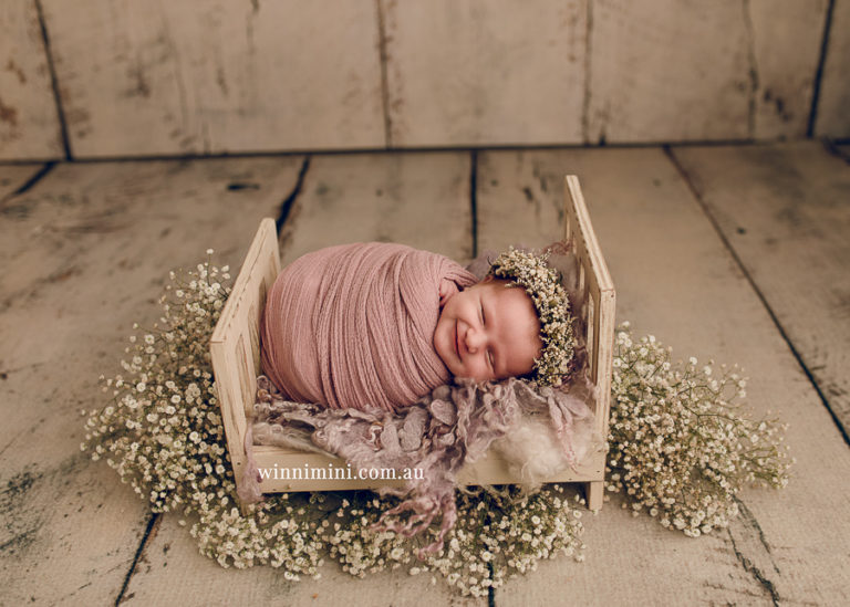 winni mini newborn baby babies older birth maternity family families photography photographer photo photos tanha basile winni mini Gold Coast ayla-1