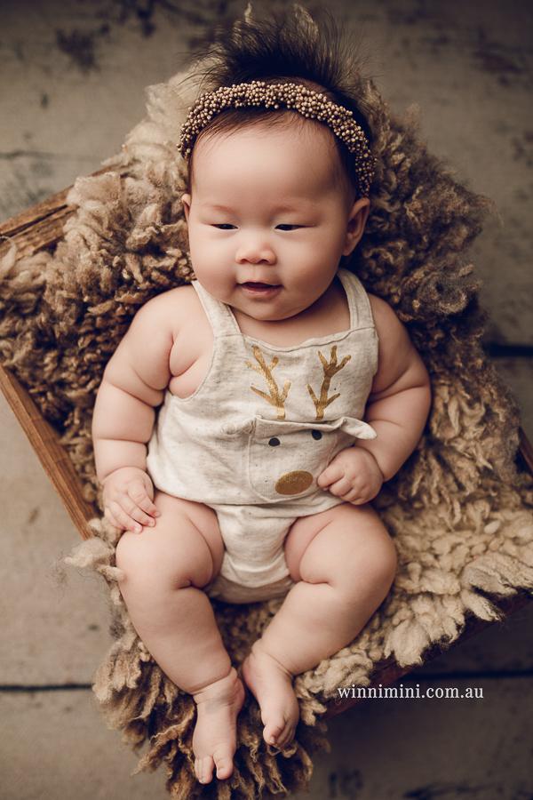 gold coast brisbane newborn baby babies family child families photographer photography photographs photo photographer winni mini tanha basile photo the best amazing upper coomera birth baby