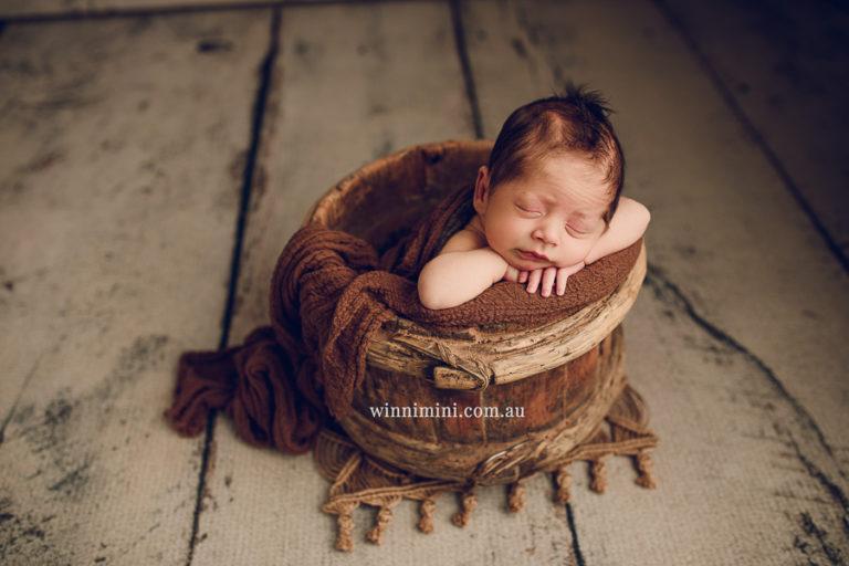 newborn baby family photographer gold coast brisbane babies-39