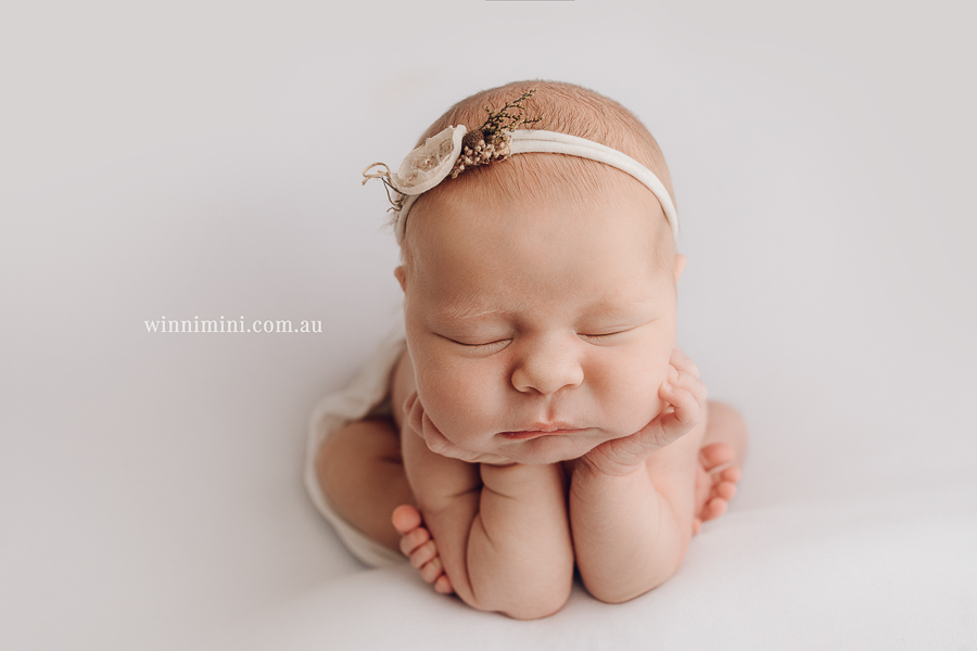 newborn baby family photographer gold coast brisbane babies