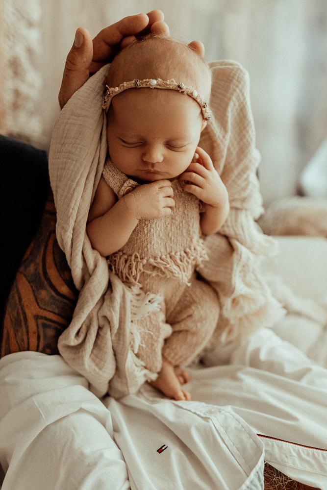 Winni Mini newborn baby family maternity pregnancy photos photographer photography babies pindara mater mothers pregnant pictures sunset studio upper coomera gold coast brisbane-1